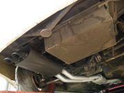 BMW drift versenyautó dupla csöves sportkipufogó rendszer rejtett kivezetőcsővel