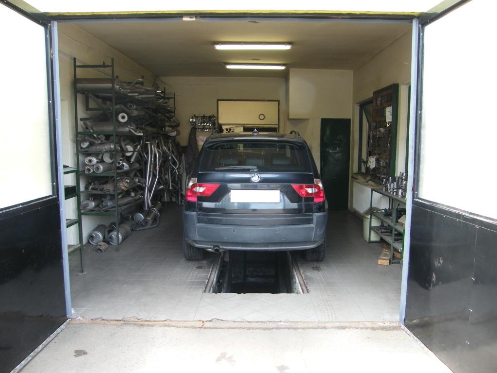 BMW X3 kipufogó javítás, szerelés