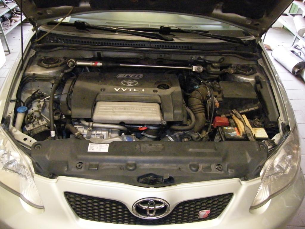 Toyota Corolla 1.8 TS kompresszor kipufogó szerelés, csere