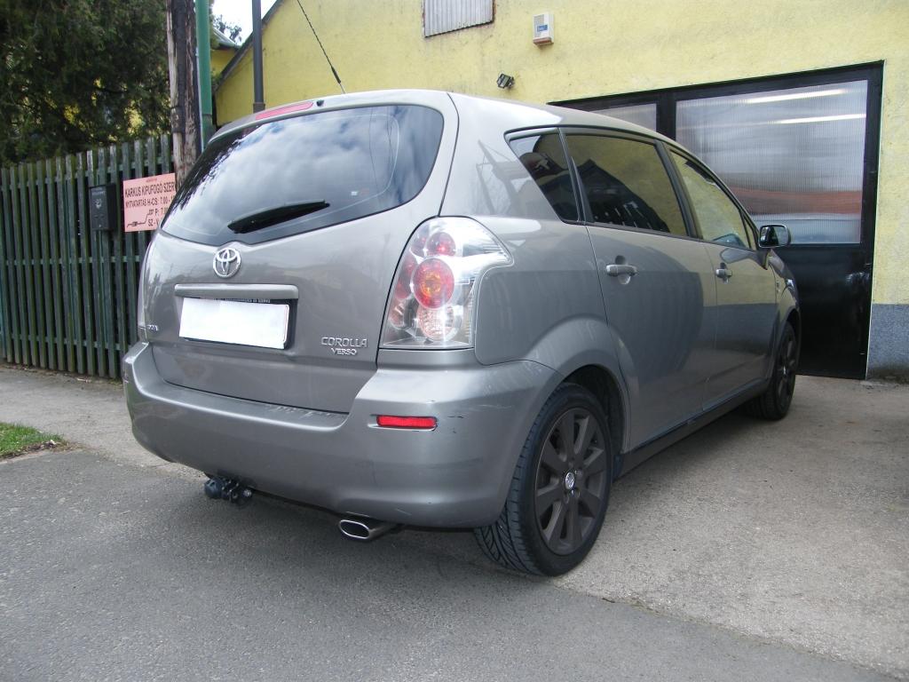 Toyota Corolla Verso hátsó kipufogódob rozsdamentes ovál polírozott díszvéggel