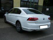 Volkswagen Passat 2.0 turbo diesel eredeti hátsó kipufogódob dupla kerek polírozott rozsdamentes díszvéggel